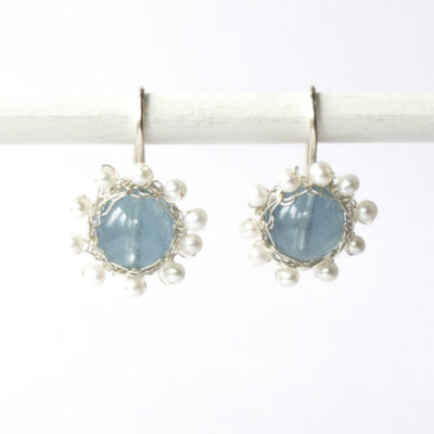 """Kollektion """"Häkelblümchen"""" - gehäkelte Ohrhänger aus Sterlingsilber mit Edelsteinen und Perlen.."""