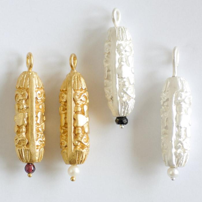 Gegossene Anhänger aus Sterlinsilber und Sterlingsilber feinvergoldet